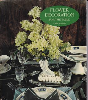 Image for Flower decoration for the table,: In color (A Studio book)