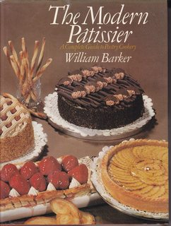 Image for The modern pa?tissier: A complete guide to pastry cookery